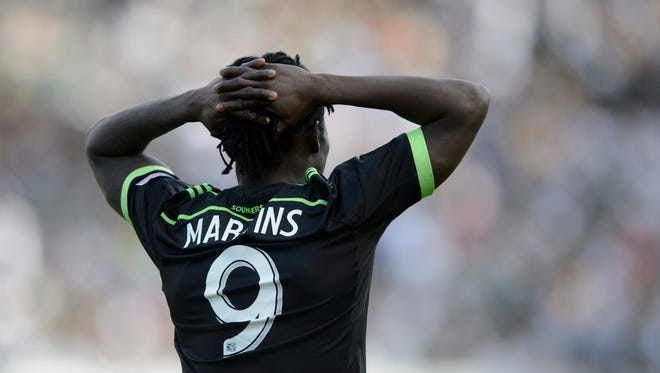 Seattle forward Obafemi Martins fell 1-0 in the first leg in Los Angeles.