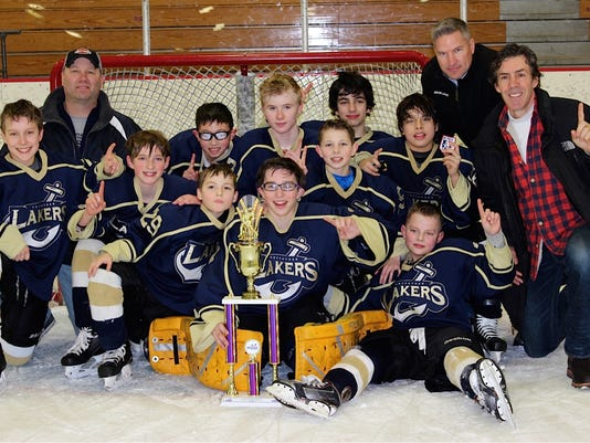 Pee Wee A Champs 2015.jpg