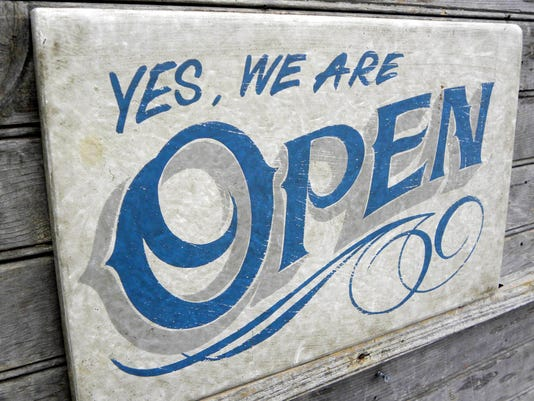 635657373623249266-Open-Sign