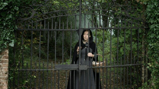 """Ireland is spooky in """"The Lodgers."""""""