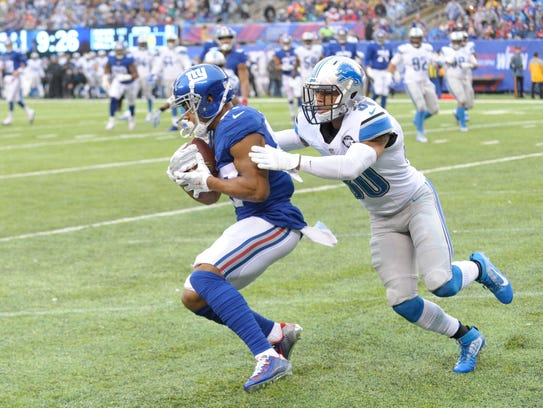 Giants WR Sterling Shepard catches a touchdown pass