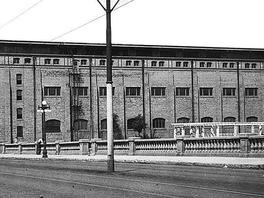 Des Moines Coliseum, circa 1949.