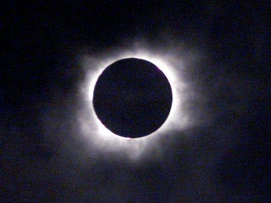 636386359963068319-eclipse.JPG
