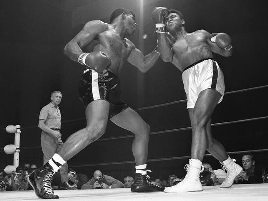 How many punches did Ali take? New book counts them all