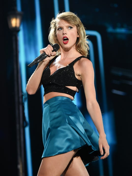 Taylor swift 1989 tour outfits tribute - 3 part 5