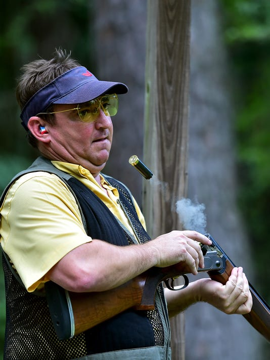 636066245371481602-TCL-Clay-shooting2.jpg