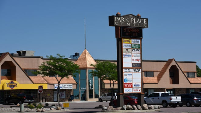 New tenants are leasing spaces in Park Place Center on 41st Street east of the Big Sioux River.