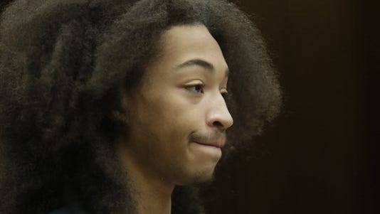 Jayru Campbell appears in the Third Circuit Courtroom of Timothy Kenny Tuesday on Sep. 15, 2014 for violating his probation.
