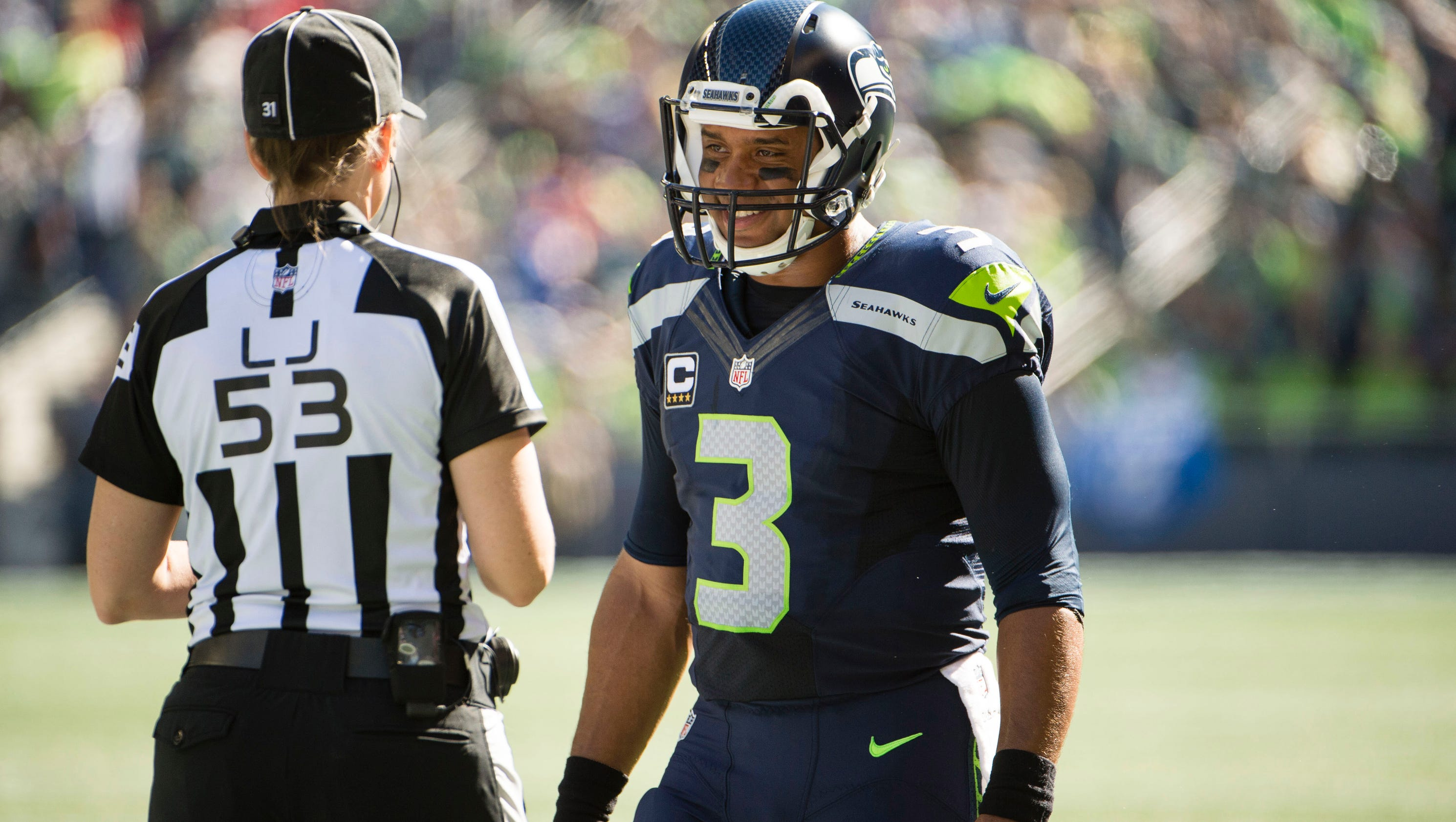 25 30 Seattle: Seahawks QB Russell Wilson To Undergo MRI After Knee Injury