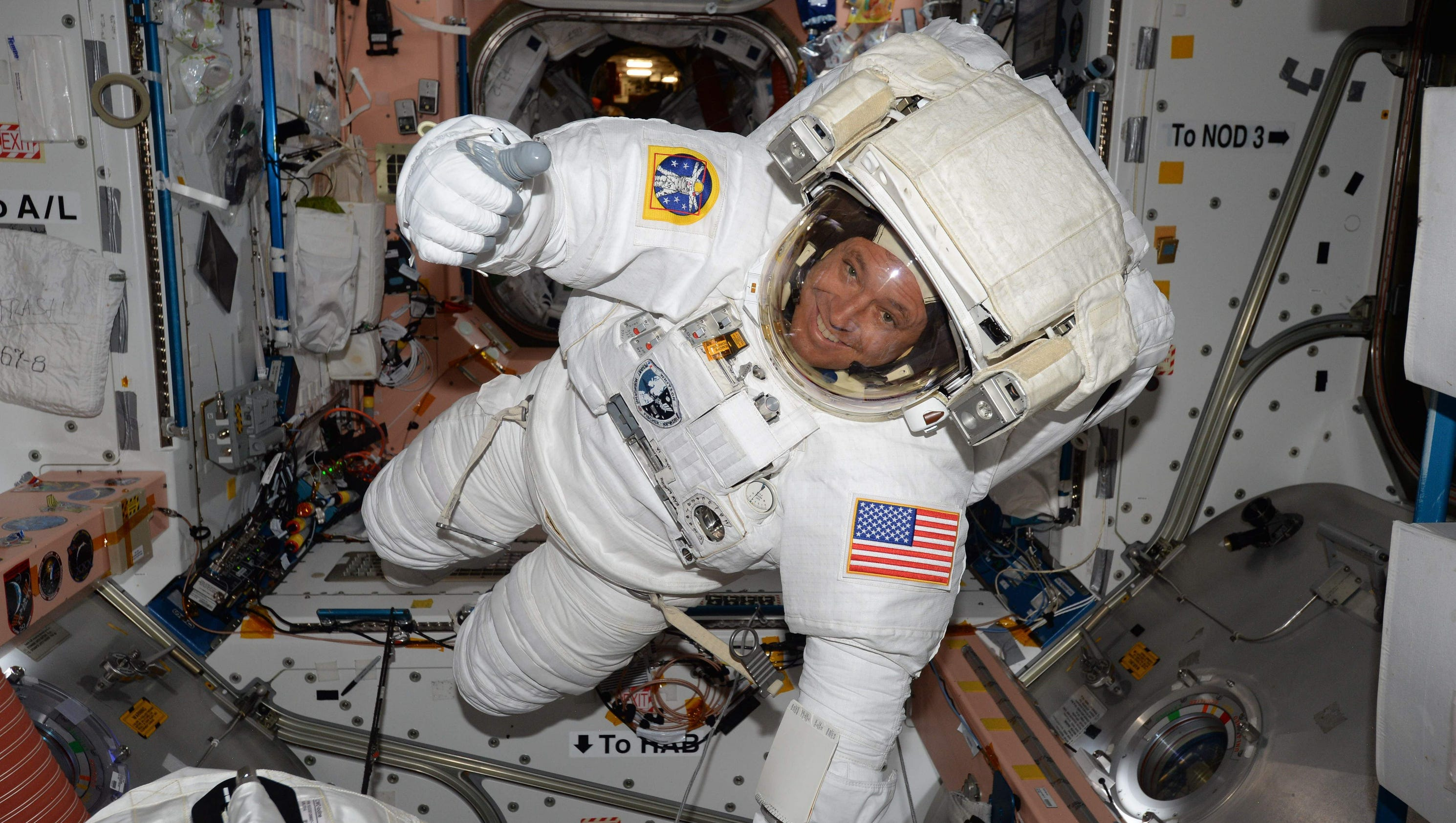 which astronaut is in space right now - photo #38