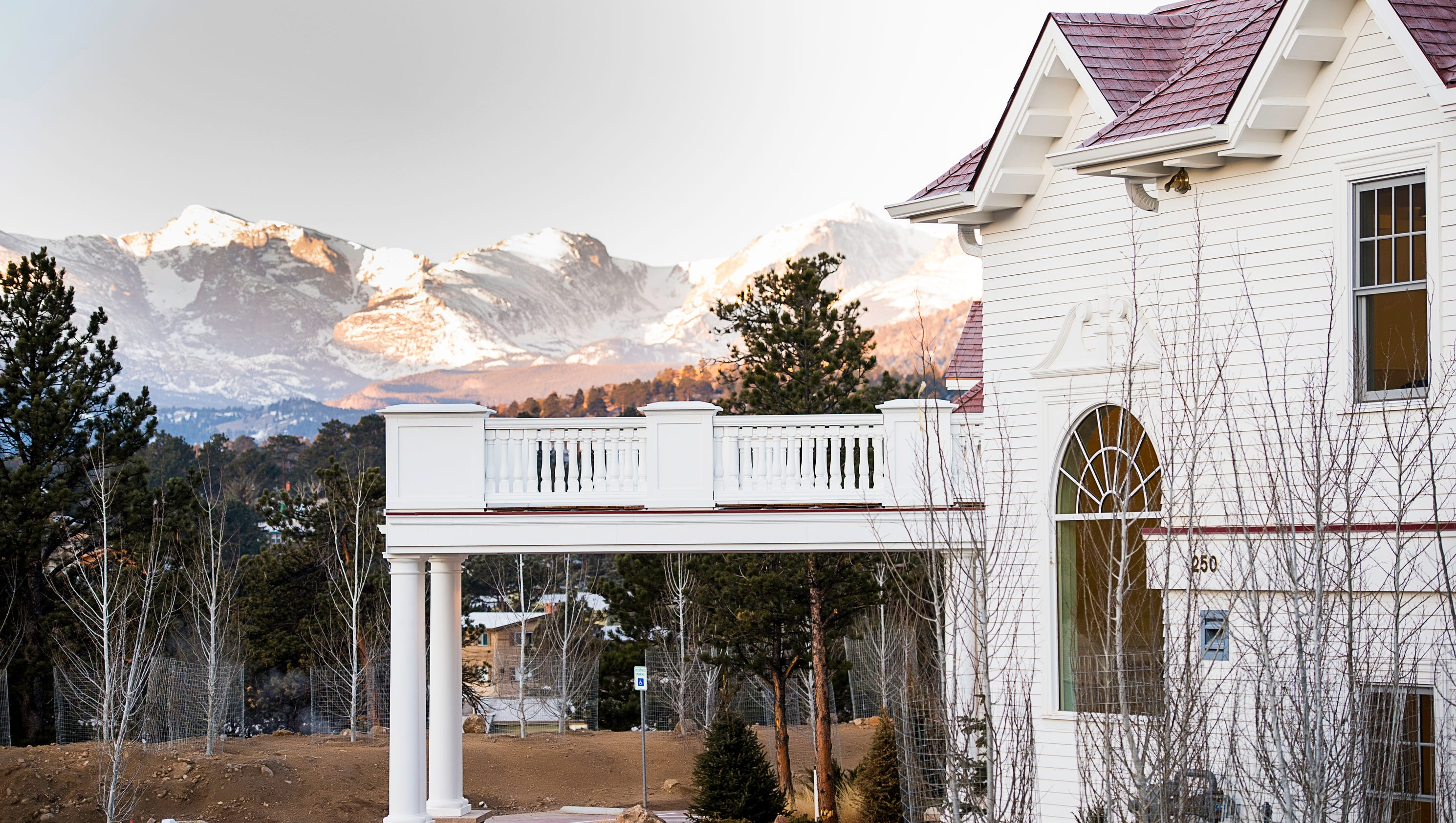 Stanley Hotel to re-create Titanic\'s last supper