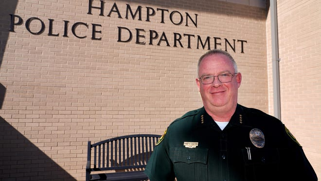 Hampton Police Chief Richard Sawyer announced Monday night he's retiring after 25 years of service to the town.