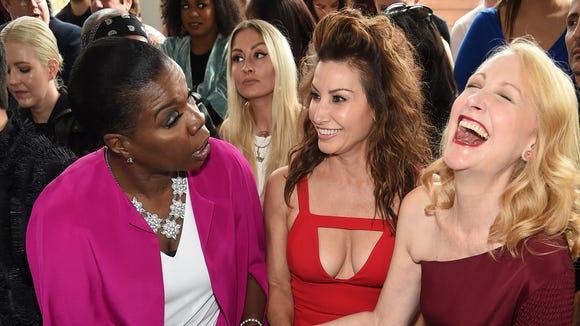 Leslie Jones kept Gina Gershon and Patricia Clarkson