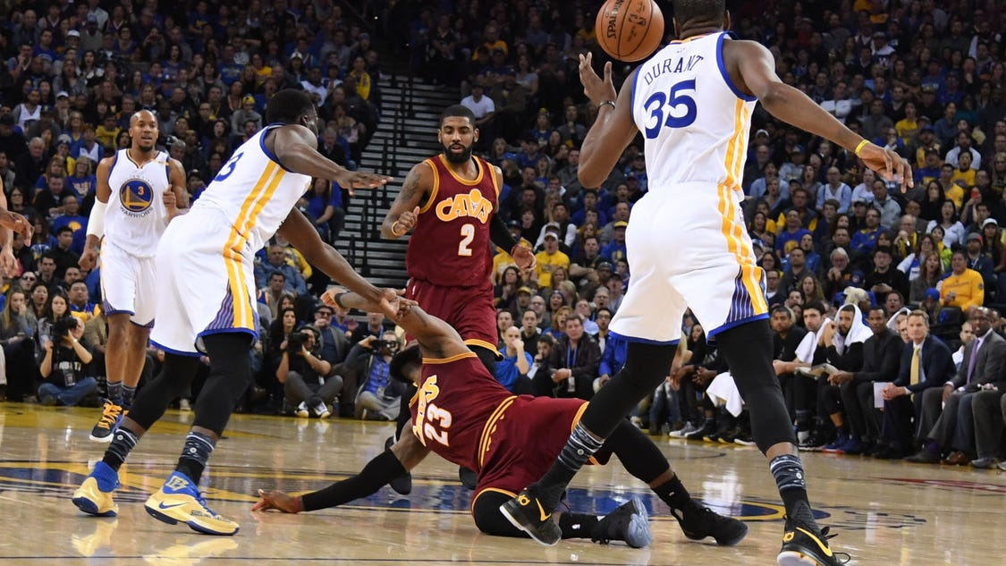 Nba-_cleveland_cavaliers_at_golden_state_warri