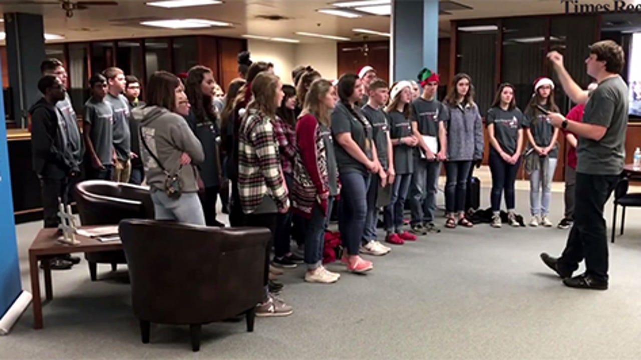 The Wichita Falls Choir sing Christmas carols at the TRN.
