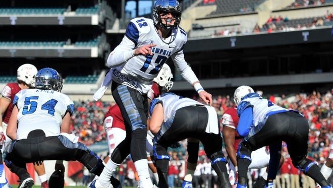 Paxton Lynch had a shaky start for the U of M Tigers, too.