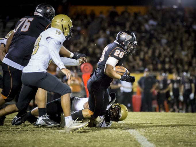 desert edge football Relive the 2017 desert edge scorpions football season maxpreps has their 11 game schedule and results, including links to box scores, standings, stats, photos and.