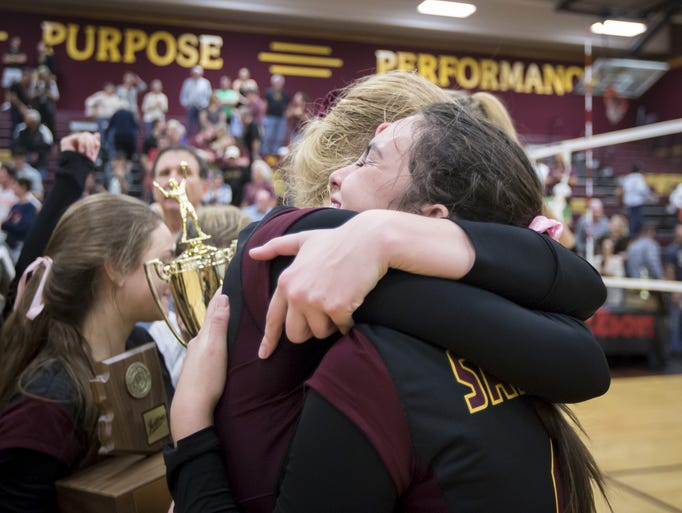 Salpointe Catholic celebrates after defeating Sunrise