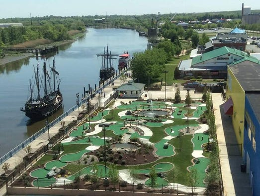 Unusual and Historic Miniature Golf Courses Around the USA