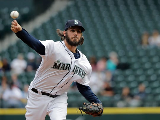 Christian Bergman, called up to make an emergency start for the Mariners on Wednesday, threw seven shutout innings in Seattle's 5-1 loss to Texas.