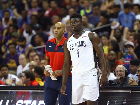 Pelicans assistant coach Fred Vinson with Zion Williamson during a summer league game in Las Vegas.