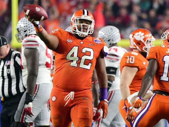 Christian Wilkins is back to give Clemson a kind of