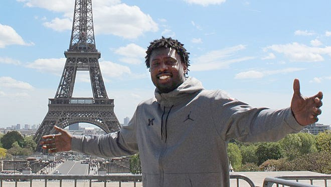 The Michigan football team, including Reuben Jones, arrived in Paris on Friday and wasted no time visiting the sights.