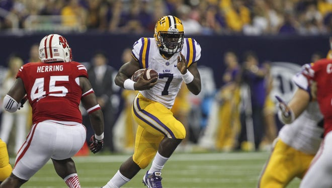 LSU running back Leonard Fournette will play against Wisconsin again this year.