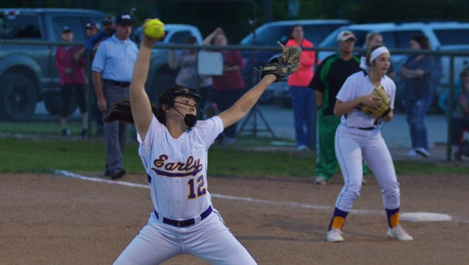 Early pitcher Makayla Deleon fires a fourth-inning pitch in Friday's game at Bangs.