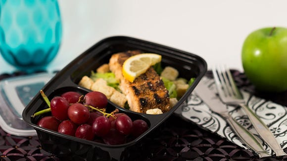 You can save money and eat healthier with this $11 set of Bento lunch boxes