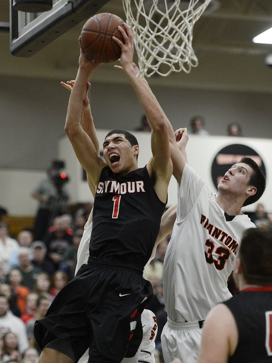 S_GPG_West De Pere vs. Seymour basketball_1.16.14
