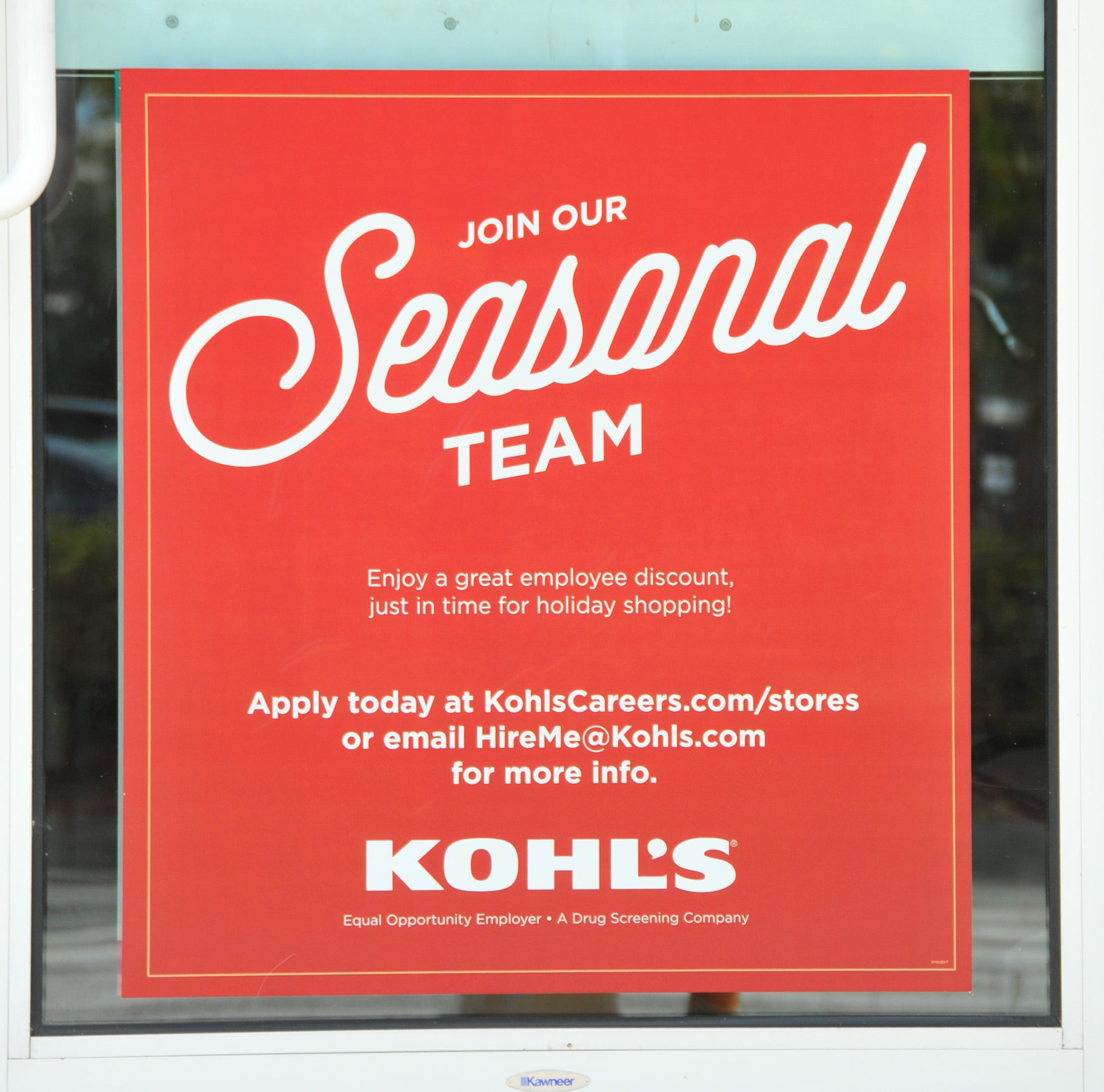 10 Benefits Of Being A Holiday Seasonal Worker