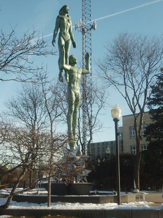 RO Art Statue.jpg