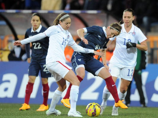 FBL-WOMEN-FRA-USA-FRIENDLY