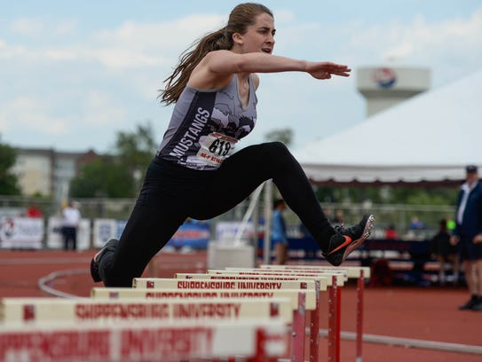 South Western's Lynne Mooradian competes in the 300-meter
