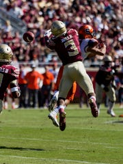 Florida State redshirt sophomore defensive back Derwin James tallied 3 tackles and an interception against Syracuse on Saturday.