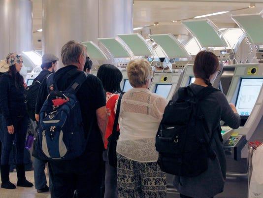 AP AIRPORT PASSPORT KIOSKS A USA CA