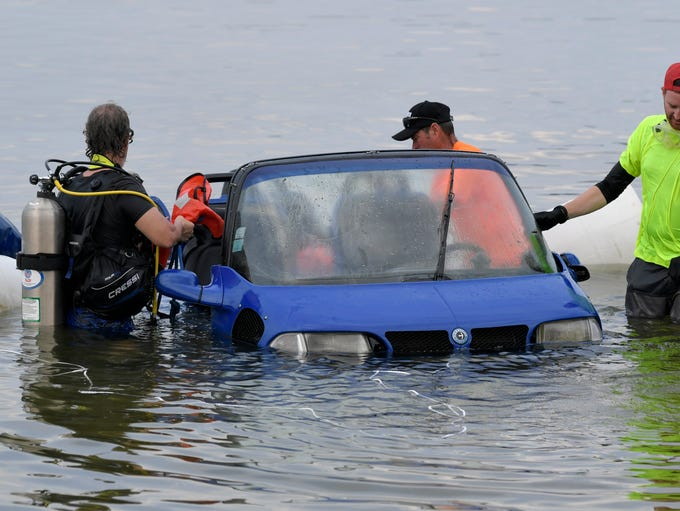 Crews help recover an amphibious car that sank in Percy
