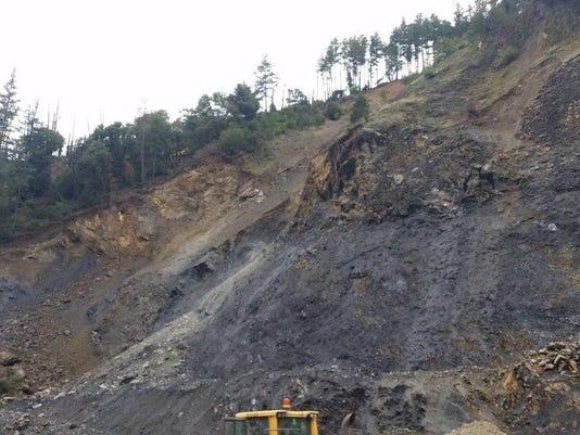 rockslide2.jpg