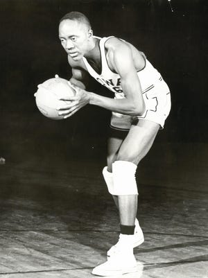 """McKinley """"Deacon"""" Davis started on Iowa's 1955 Final Four team and also led Freeport to the 1951 state title in dominant fashion."""