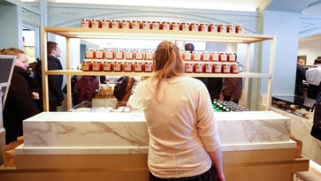 Photos: The Apple Pie Bakery Cafe at Culinary Institute