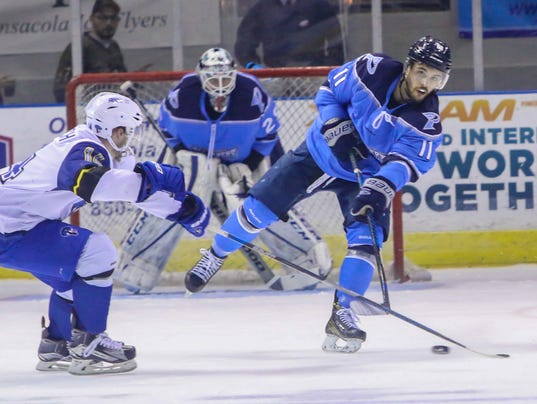 636255538410257903-2017-0319-iceflyers-cottonmouths-0012.jpg
