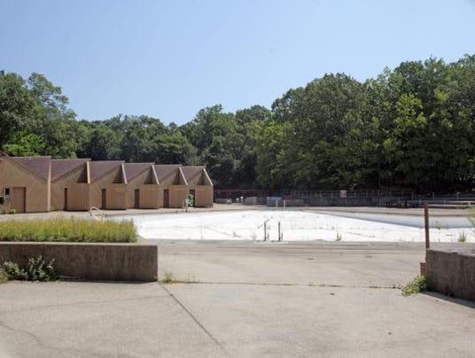 Sprain Ridge Pool Repair In Yonkers Treading Water