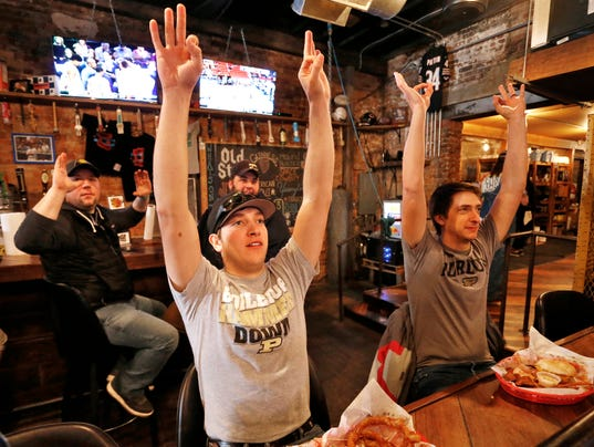 LAF Purdue's NCAA game draws people to the bars