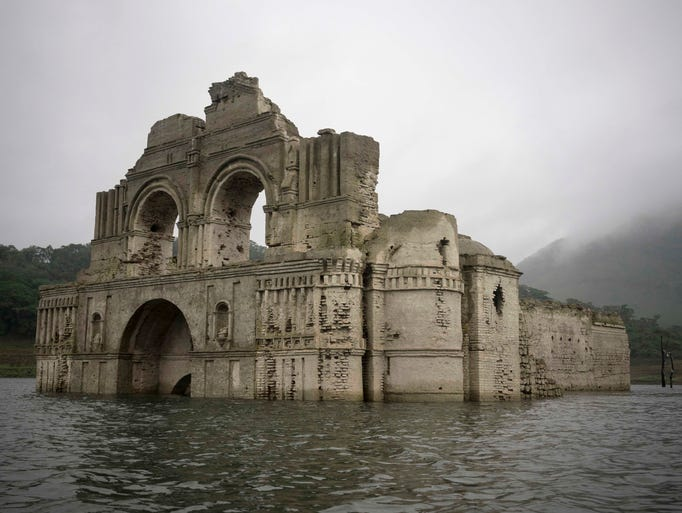 temple of santiago emerges in mexican reservoir. Black Bedroom Furniture Sets. Home Design Ideas