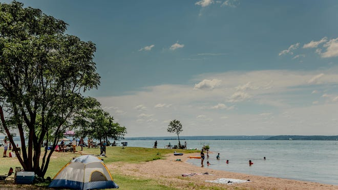Black Rock Park on Lake Buchanan features a widespread crushed granite beach.