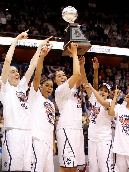 2014-03-10 UConn women1