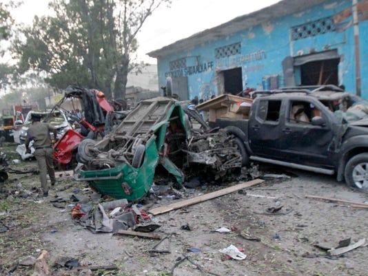 EPA EPASELECT SOMALIA SUICIDE ATTACK MOGADISHU WAR ACTS OF TERROR SOM