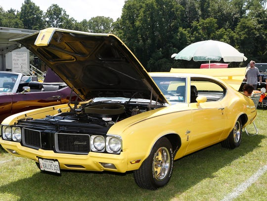 Car enthusiasts gather for the 4th annual Anthony Amoros