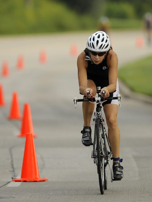636398169821065815-MAN-s-0824-YMCA-Triathalon-00809.JPG